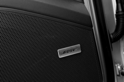 Аудиосистема BOSE Surround Sound